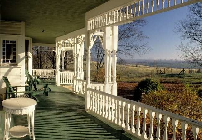 The Queen Anne Porch