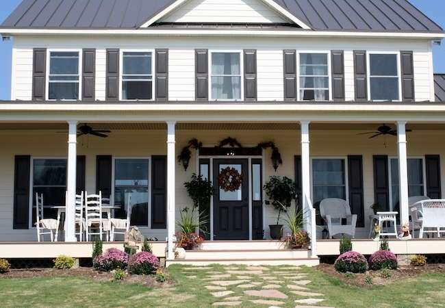 The farmhouse porch bob vila for Farmhouse front porch pictures