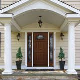 15 Eye-Catching Options for Your Front Door