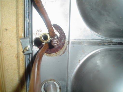 10172-kitchen_faucet_wont_