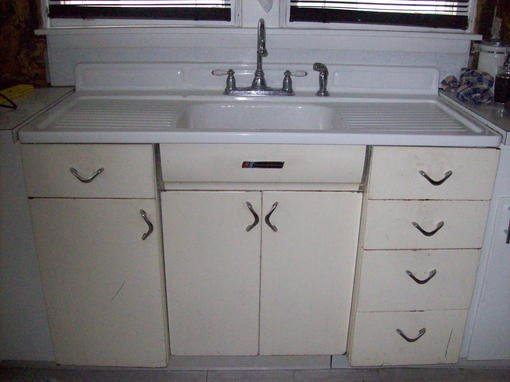 Youngstown Kitchen Sink/Cabinet For Sale