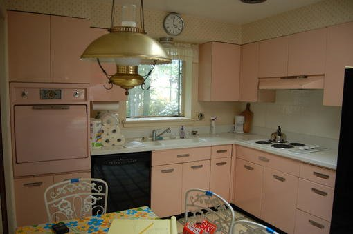 Full set of GE Pink Cabinets available From a house built in 1958 in