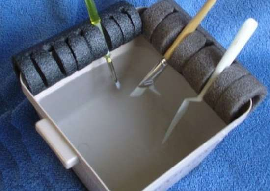 DIY Paint Brush Holder