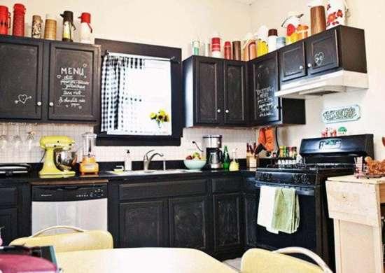 Apartment kitchen ideas 9 temporary updates bob vila for Rental kitchen ideas