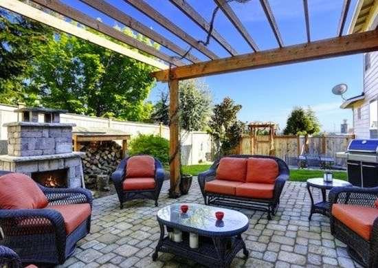 Build an Outdoor Room