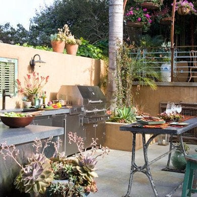 Kitchens.com_p-sandy-koepke-outdoor-kitchen-1_400x400