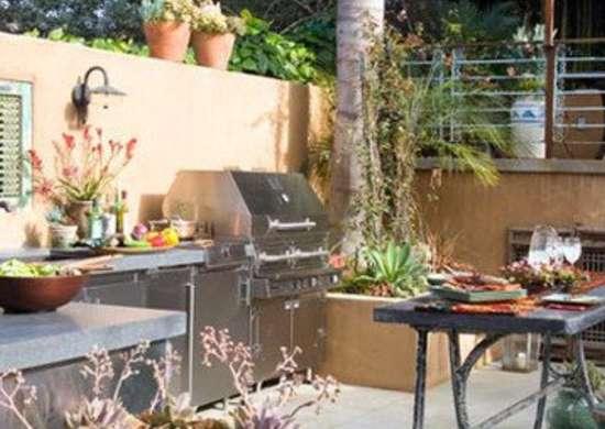 Kitchens.com p sandy koepke outdoor kitchen 1 400x400
