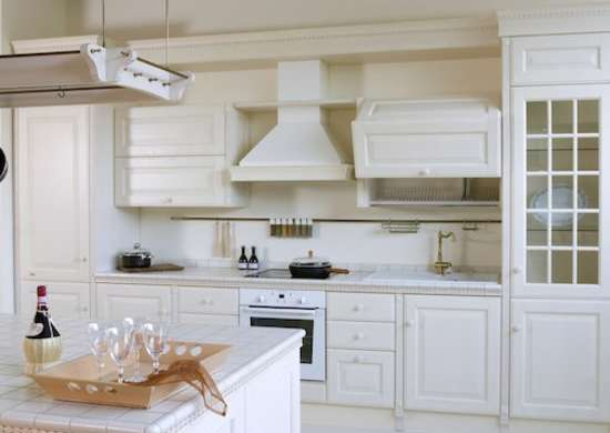 Old house kitchen remodel 7 ways to start fresh in an for Old home kitchen remodel