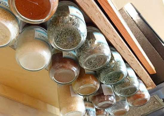 Under cabinet spice rack diy spice rack 10 cool ideas for Under counter spice storage
