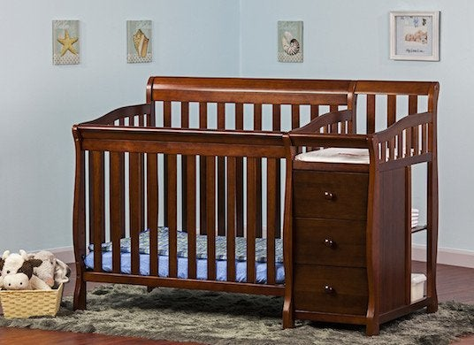 Bon Crib With Changing Table