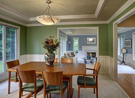 Green dining room color trends 2015 7 popular hues for Popular dining room colors