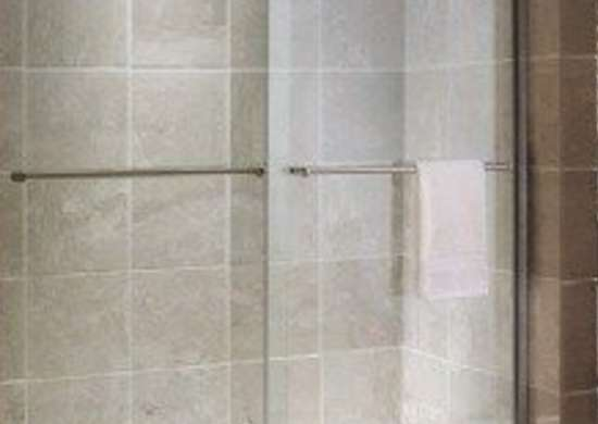 American_standard_tuscany_frameless_shower_door_bob_vila_bathroom20111123-36322-1ukizyn-0
