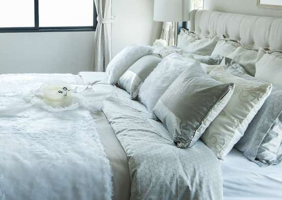 Throw Pillows for Bed