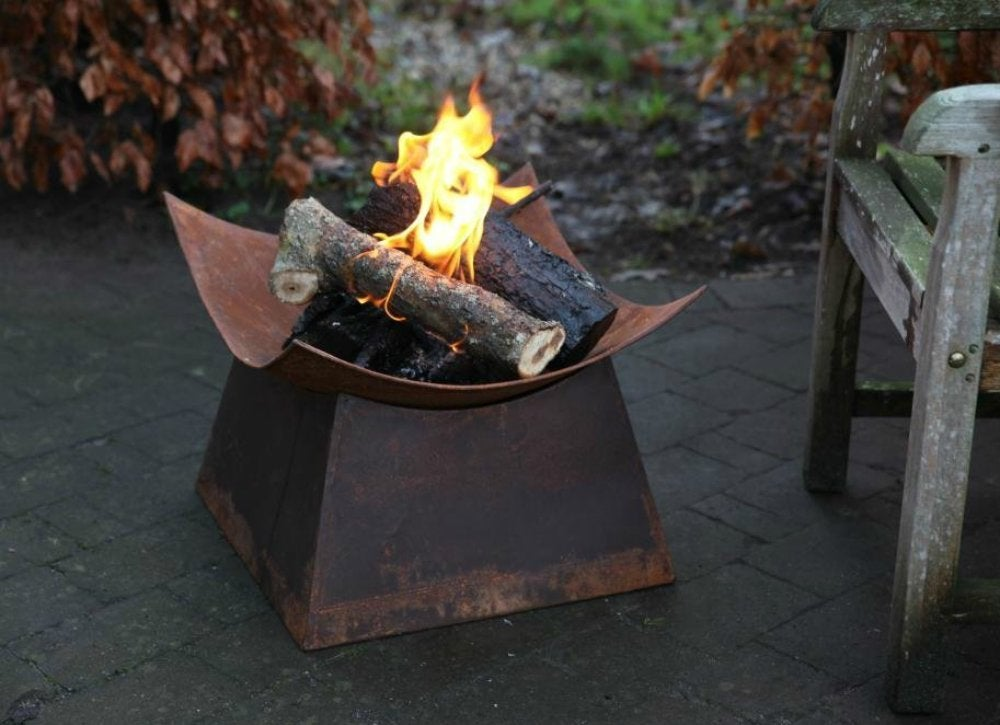Esschert Design Rusted Steel Fire Bowl