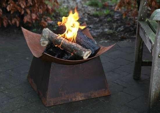 Esschert Design Rusted Steel Fire Bowl