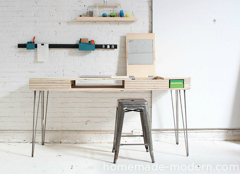 Modern home office diy desk 15 easy ways to build your for Build your own modern home