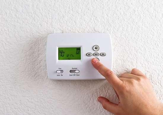 Radiant-heat-responsive