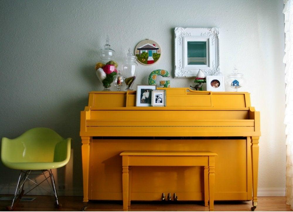 Paintedfurniture piano