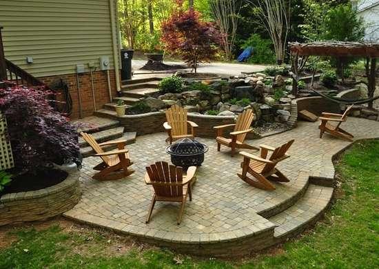 Simple plantings landscaping