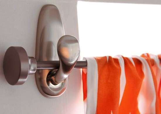 Command hooks   curtain rod
