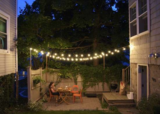 Outdoor_string_lights