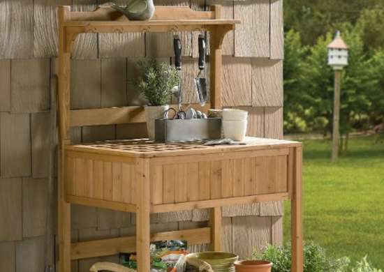 Merry_garden_potting_bench_with_recessed_storage