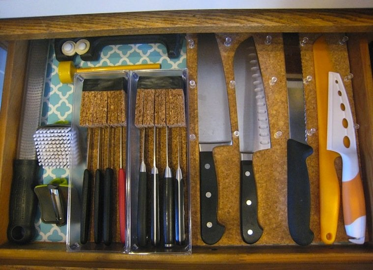 Knife block cork board