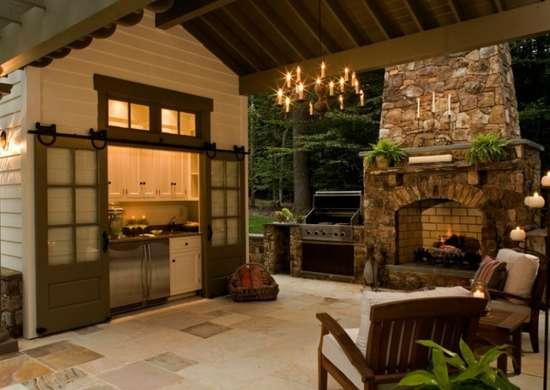 Tucked_away_outdoor_kitchen