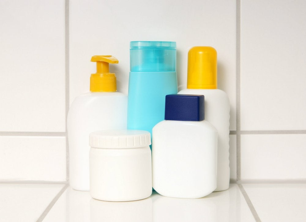 How to pack shampoos