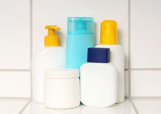 How_to_pack_shampoos