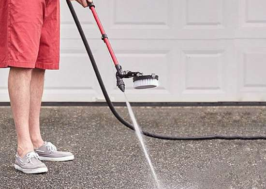 Cleaning a driveway 5 simple steps to renew your for Cleaning concrete steps