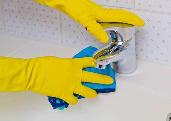 Bathroom cleaner citrus