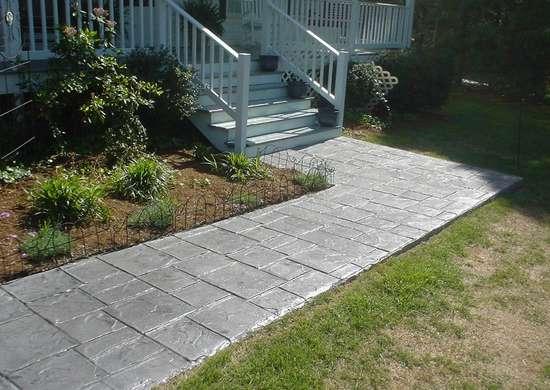 Concrete Sidewalks Do It Yourself : Concrete walkway diy garden paths thrifty designs