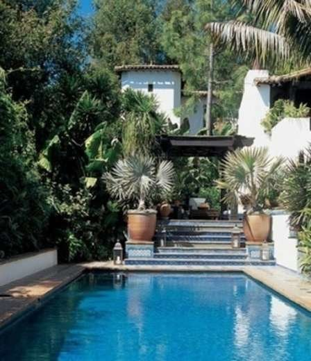 Elledecor ben stiller celebrity swimming pool