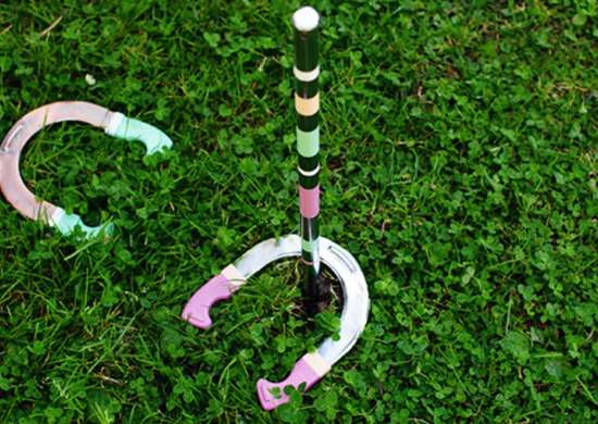 Diy horseshoes game