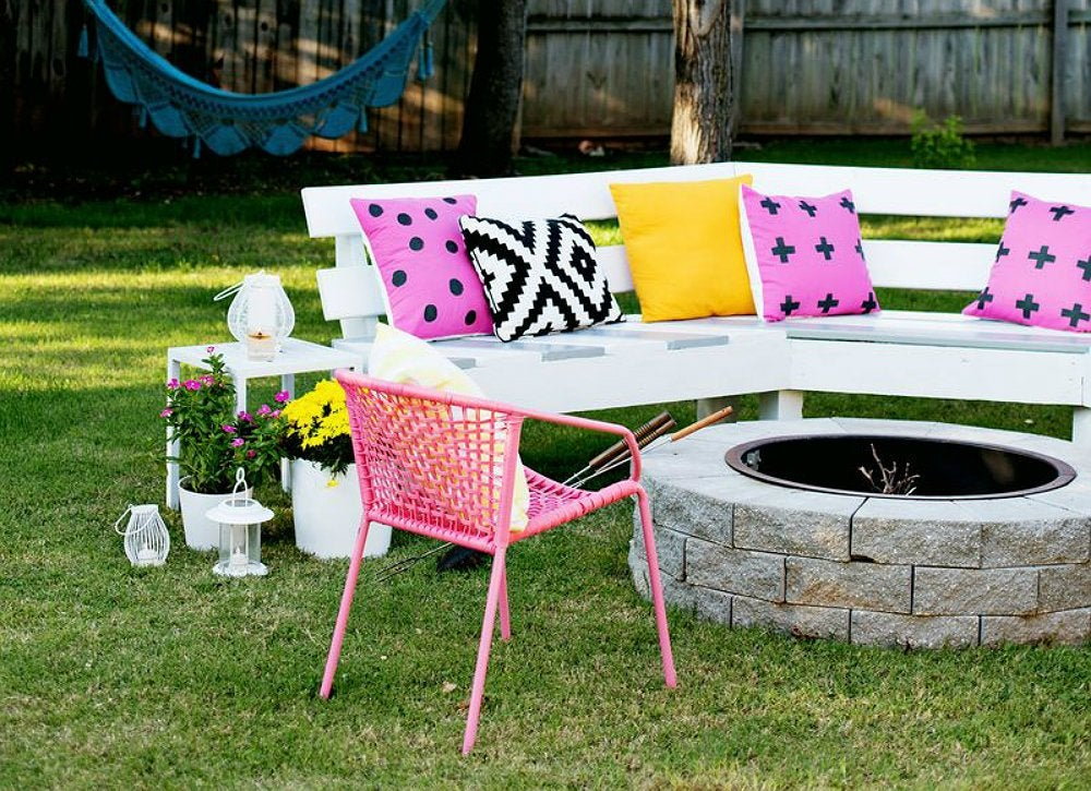 Diy outdoor bench diy wood projects 10 easy backyard for Outdoor wood projects ideas