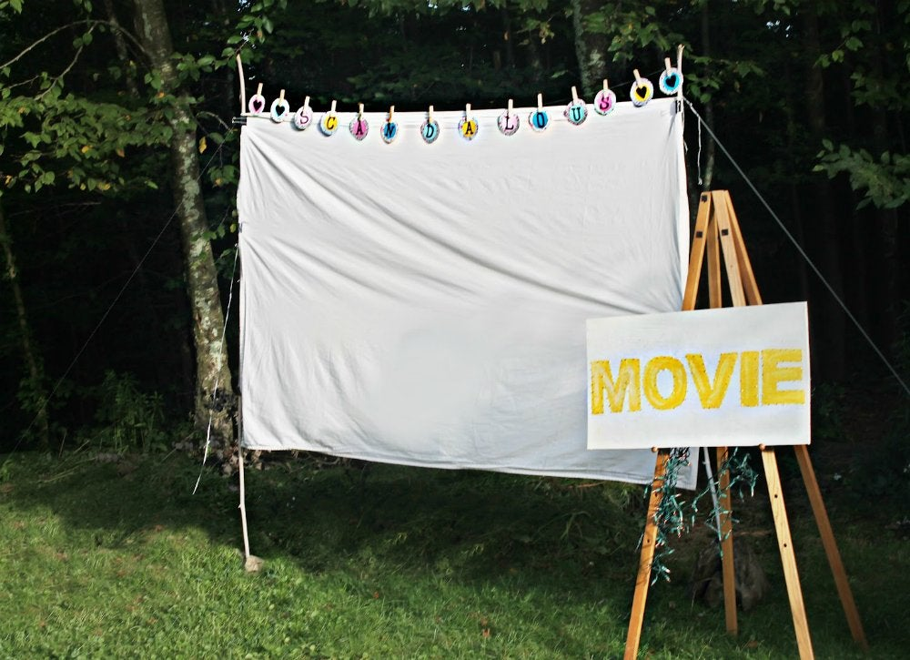 Diy outdoor movie screen weekend project02