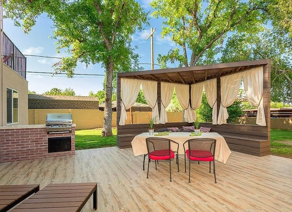 Outdoor patio curtains backyard privacy ideas 11 ways for Backyard patio privacy ideas
