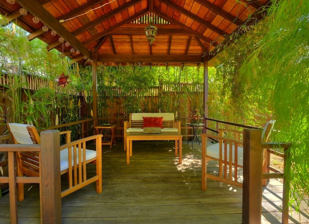 Bamboo for privacy backyard privacy ideas 11 ways to for Privacy screen ideas for backyard