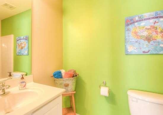 Kids bath bright colors