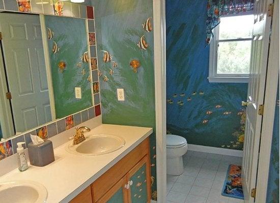 Kids bath mural ideas