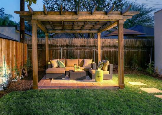 Wood Fence Designs Backyard Privacy Ideas Ways To Add Yours - Fence ideas for backyard