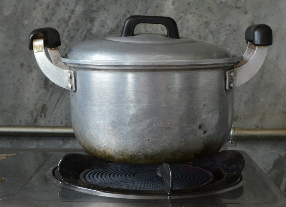 how to clean a burned pot of food