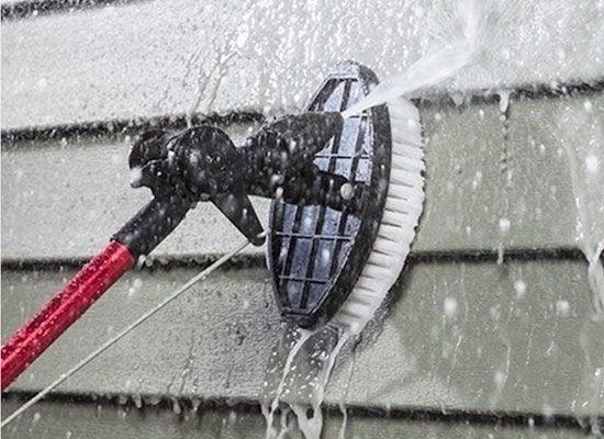 Clean-exterior-siding
