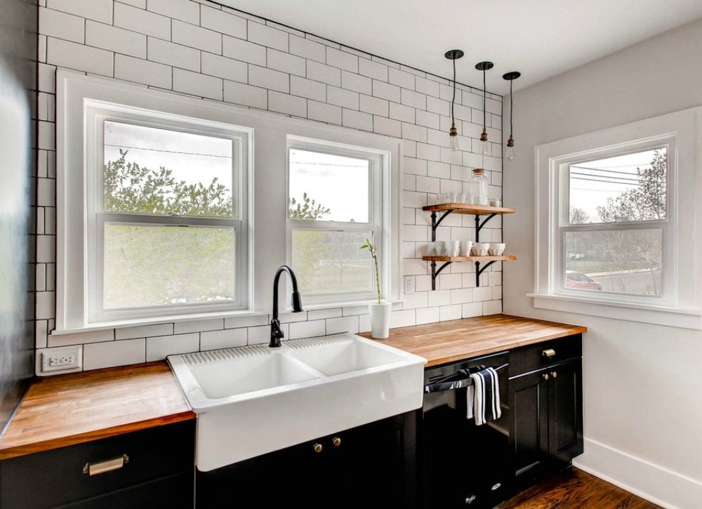 Farmhouse sink kitchen trends 12 ideas you might for Kitchen remodel trends