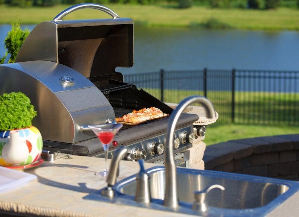 Keep cool   cook outside