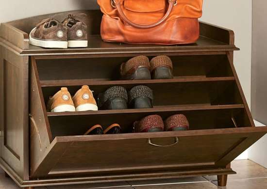 Entryway   shoe rack