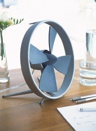 Black-blum-propello-desk-fan