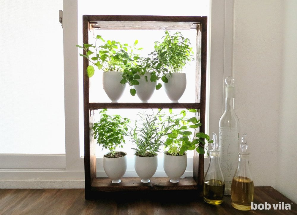 Window herb garden small kitchen decorating ideas 12 for Kitchen garden decoration