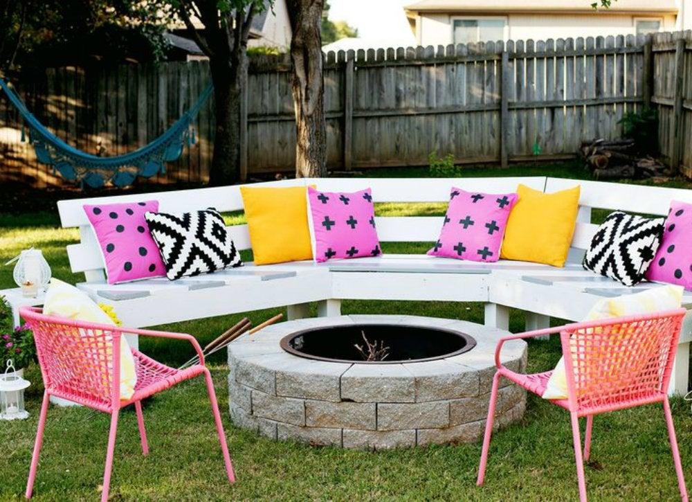 Outdoor_hangouts_-_seating